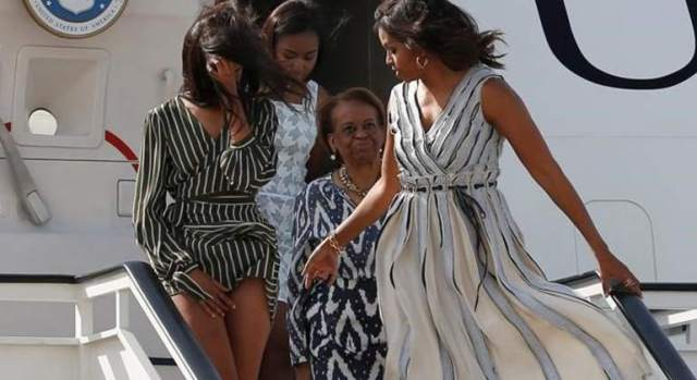 Bod Foto porno sex michele and malia obama not only